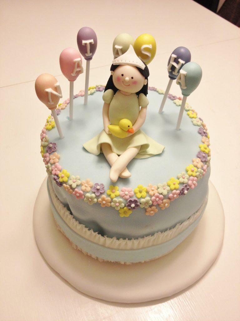 小女孩造型蛋糕