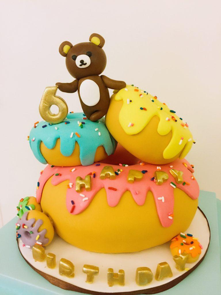 冬甩熊仔糖霜蛋糕
